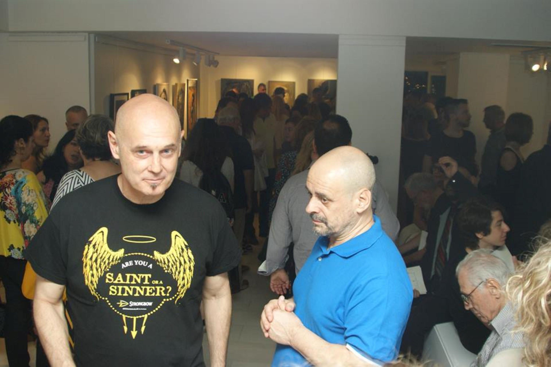 Ο εικαστικός Kreutz με τον ηθοποιό Ζαχαρία Ρόχα